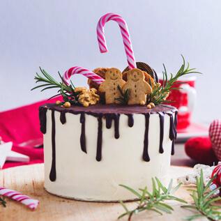 Cake gift baskets Penbryn